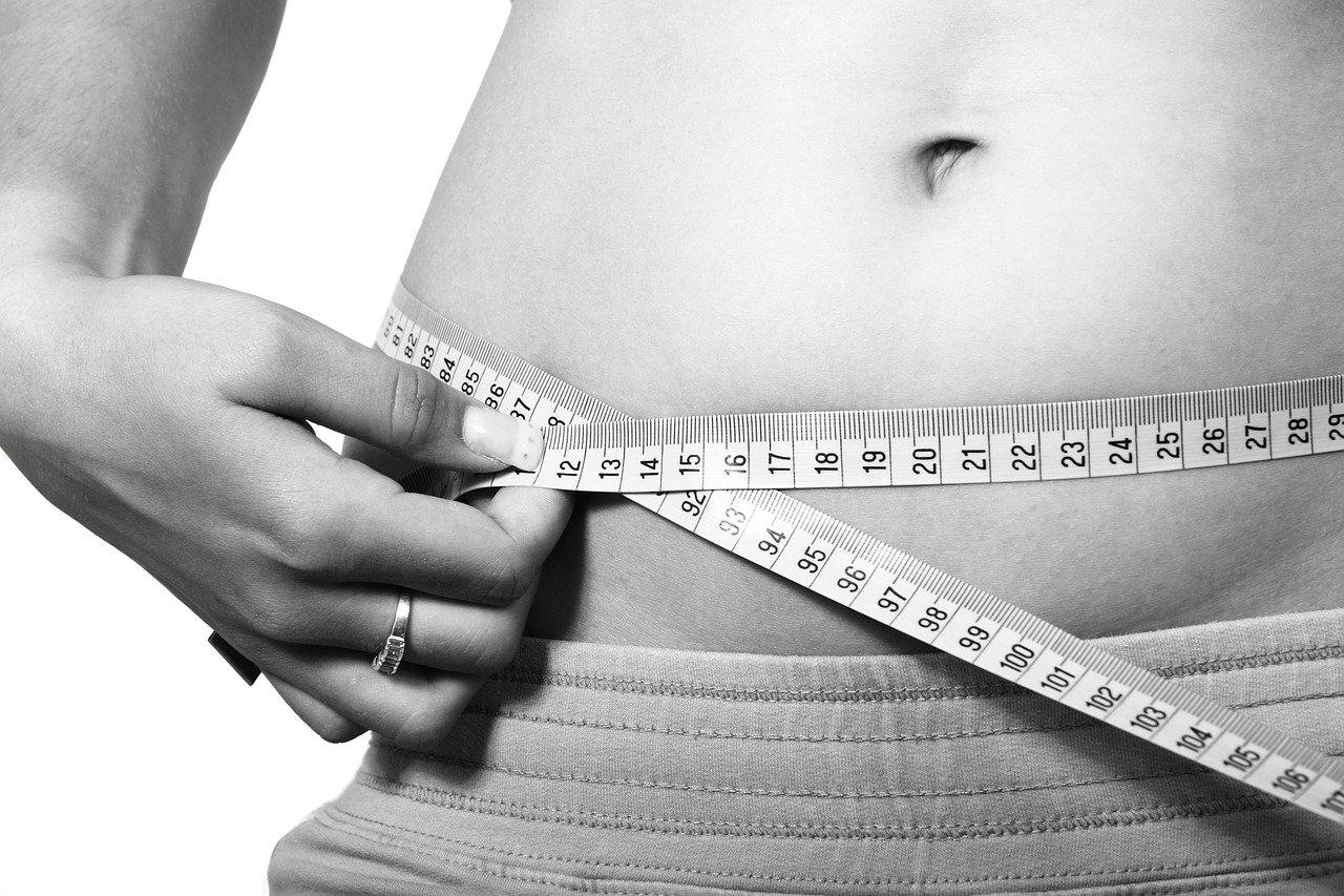 体重減少・維持 腹囲を測る